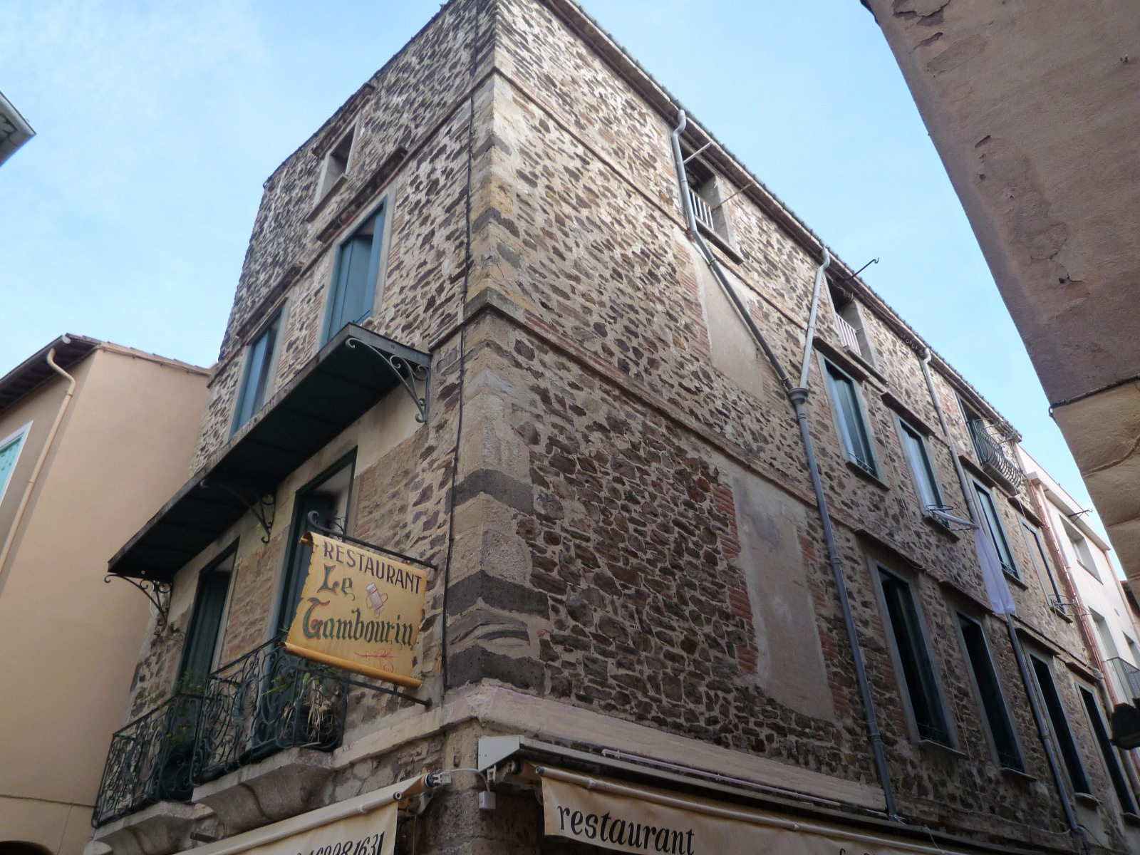 Vente collioure appartement 70 m2 4 pi ces centre ville for Acheter maison collioure
